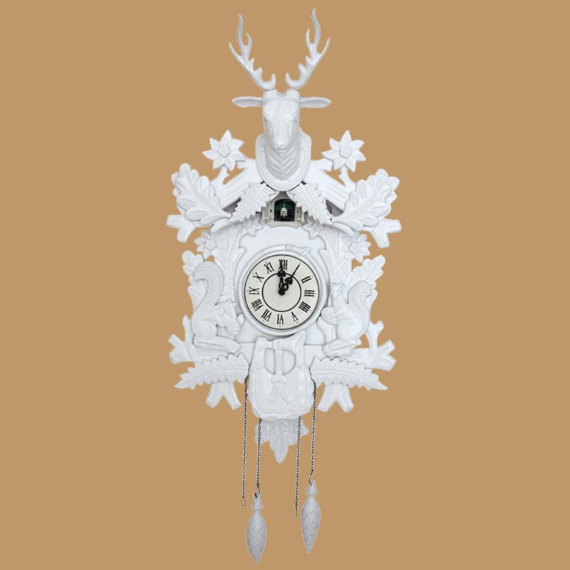 achetez en gros coucou horloge blanc en ligne des grossistes coucou horloge blanc chinois. Black Bedroom Furniture Sets. Home Design Ideas
