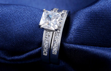 925 Silver Finger Ring on Platinum Plated with 0 8 ct Princess Cut Cubic Zirconia Women