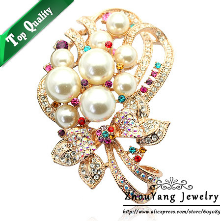 ZHOUYANG ZYX003 Elegant Flower Imitation Imitation Pearl  Champagne Gold Plated Brooches Austrian Crystal  Wholesale