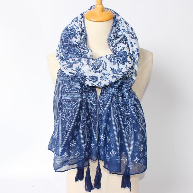 2016 синий и белый шарф женщин мода шелковый шарф кисточкой длинные шали весна национальный стиль Bufandas аксессуары