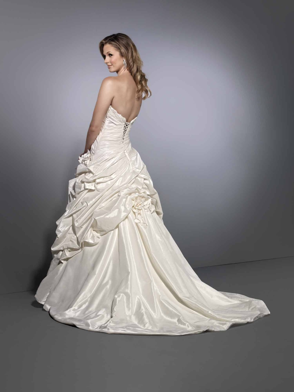 the gallery for gt unique lace wedding dresses with open back