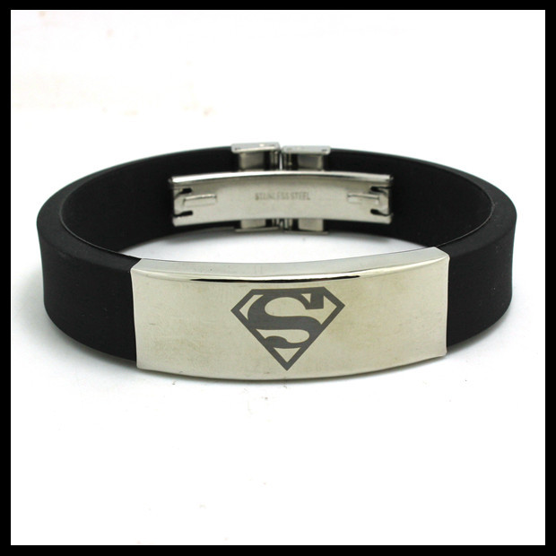New Punk Style Super Man Cool Silicone Rubber Bracelet Stainless Steel Black Best Gift Unisex Hot Super Man Bracelet(China (Mainland))