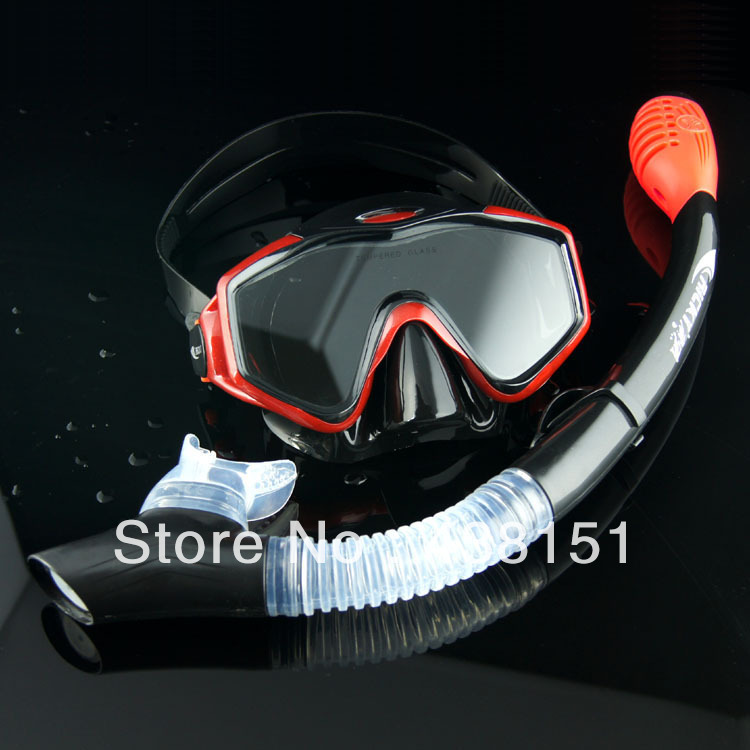 Diving Mask & Snorkel Set Antifog High Quality Mask to Swim Good View Comfortable Wear Special Design Snorkel Avoid Choke Water(China (Mainland))