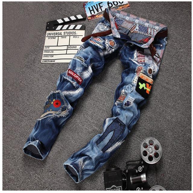 Личность значок лоскутные джинсы рваные джинсы мода марка анти-почесал байкер джинсы ...