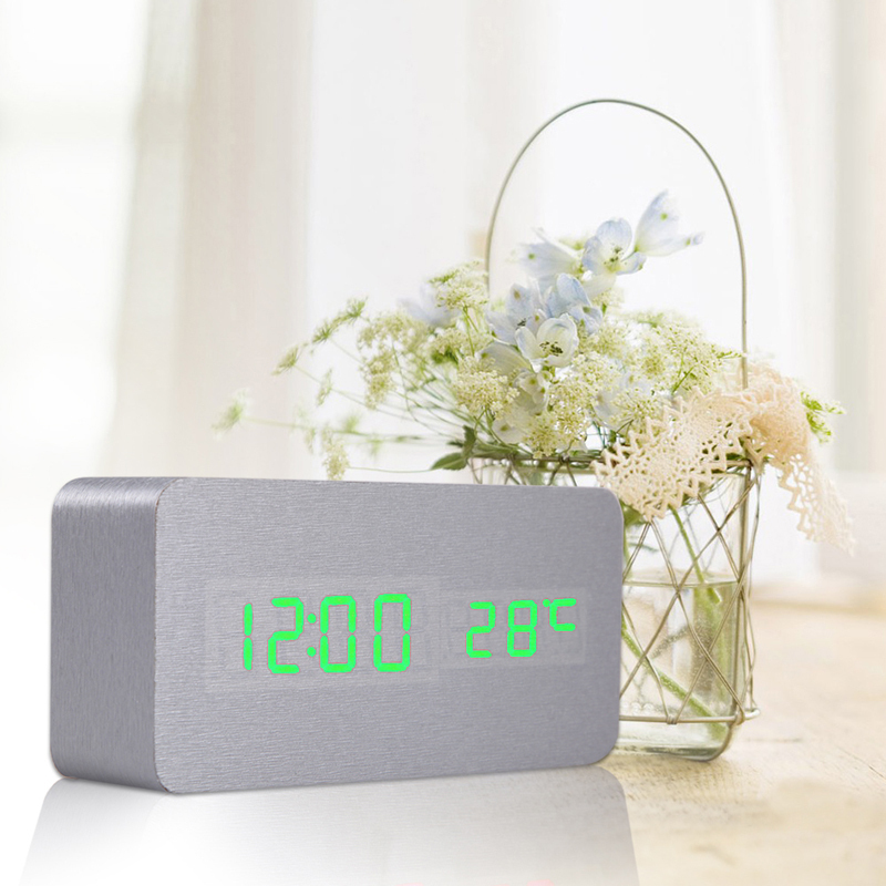 Digital Clock Sound Control Desk Table Bedside DC5V/500MA Alarm Clock With USB Cable and User Manual Red/ Green/White(China (Mainland))