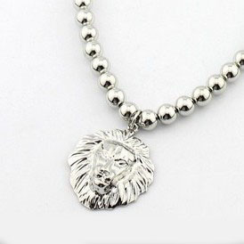 Wholesale classic silver lion necklace,elegant female jewelry accessory, anniversary gift 1.13865