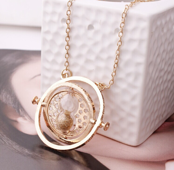 Hot Sale Harry Potter Time Turner Hermione Granger Rotating Spins Gold Hourglass torque(China (Mainland))