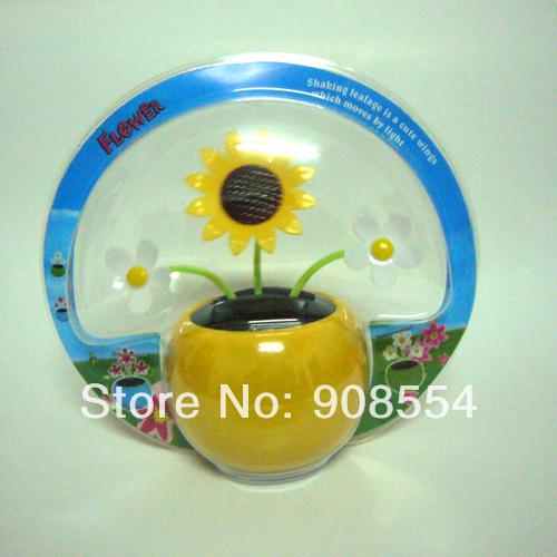 Free Shipping Wholesale 12 Pcs Per Lot Magic Cute Three Flowers Happy Dancing Flip Flap Car Decoration Solar Powered Sunflower(China (Mainland))