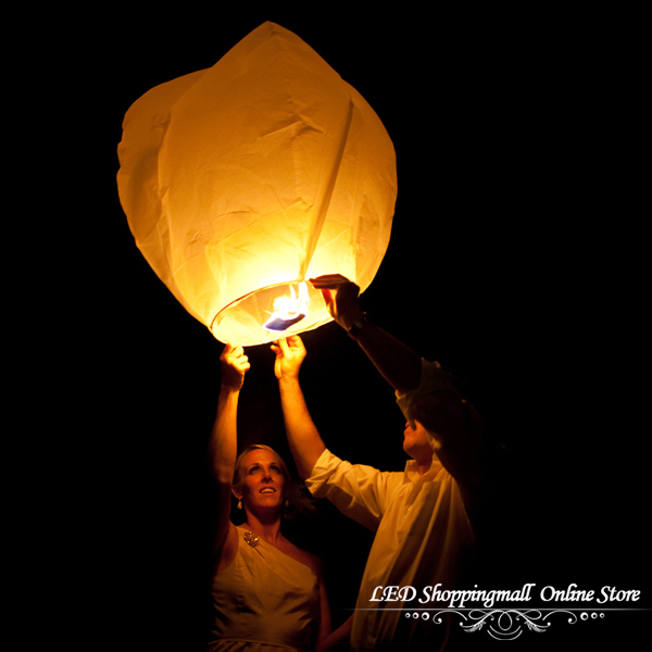 Freeshipping,SKY Balloon Kongming wishing Lanterns,Flying Light Halloween Lights,Chinese sky Lantern Wholesale 100pcs/lot(China (Mainland))