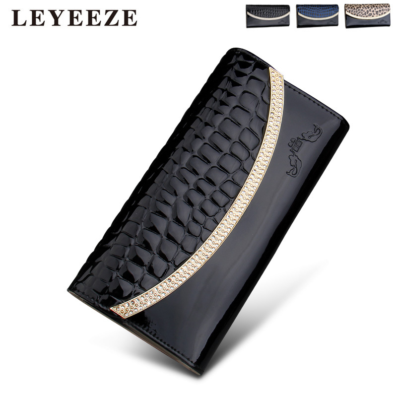 Free shipping2015 new leather ladies wallet patent leather crocodile pattern purse holding the trend in Europe cross section(China (Mainland))