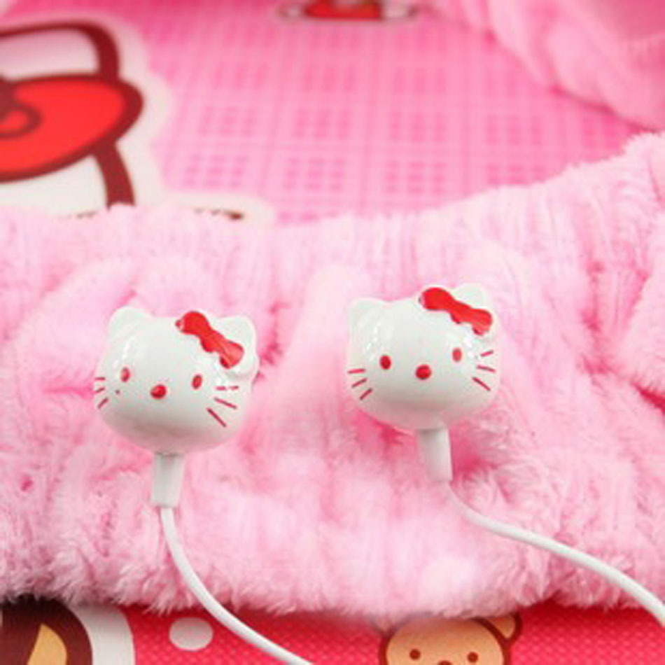 New High Quality Bass Earphone Headphone Headset 3.5mm In-Ear Stereo Earphones Headphones For MP3 MP4 laptop 7 colors(China (Mainland))