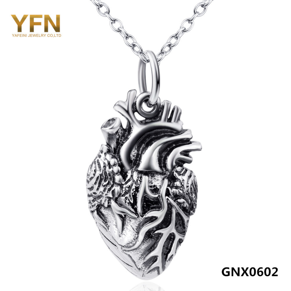 Stylish Exquisite Carved Heart Necklace Vintage Style 925 Sterling Silver Collar Jewelry for Women GNX0602(China (Mainland))