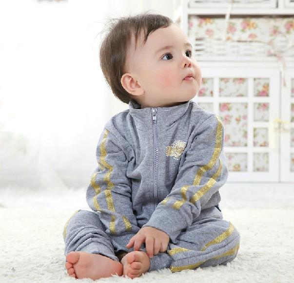 Здесь можно купить  New 2014  baby boy spring-autumn 2 pcs sport clothing set .baby boy sport suit,baby outdoor clothes  Детские товары