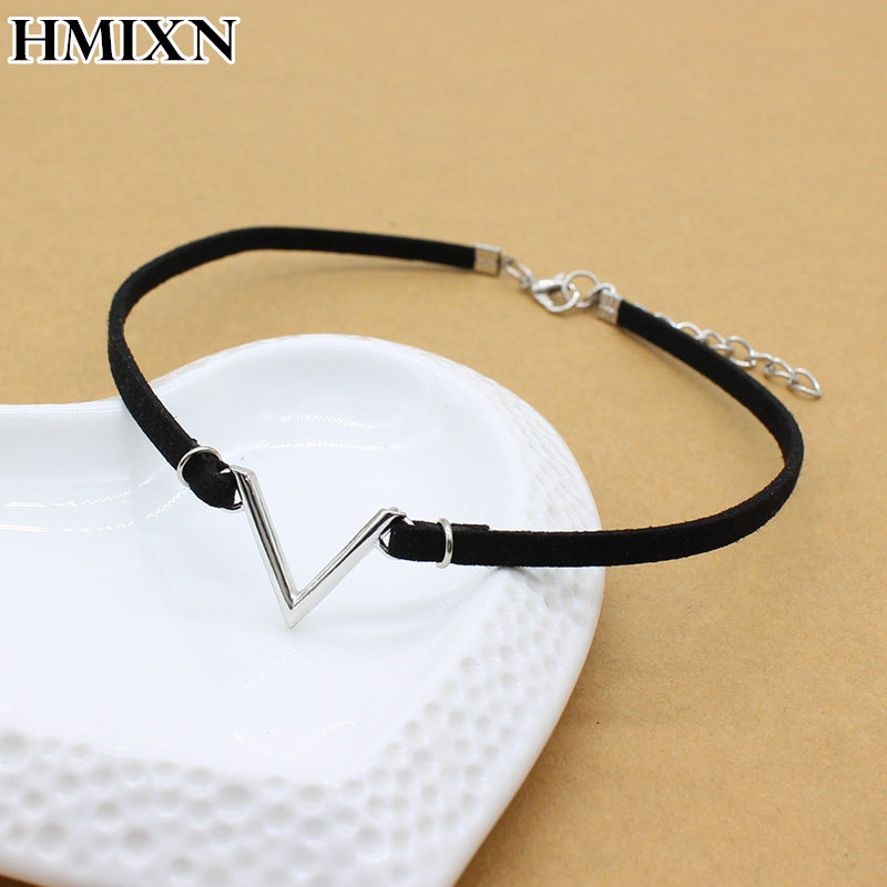 Simple vintage V Letter shape Chokers Necklaces Korean Style Hollow Black Velvet Collar leather collier femme chocker jewelry