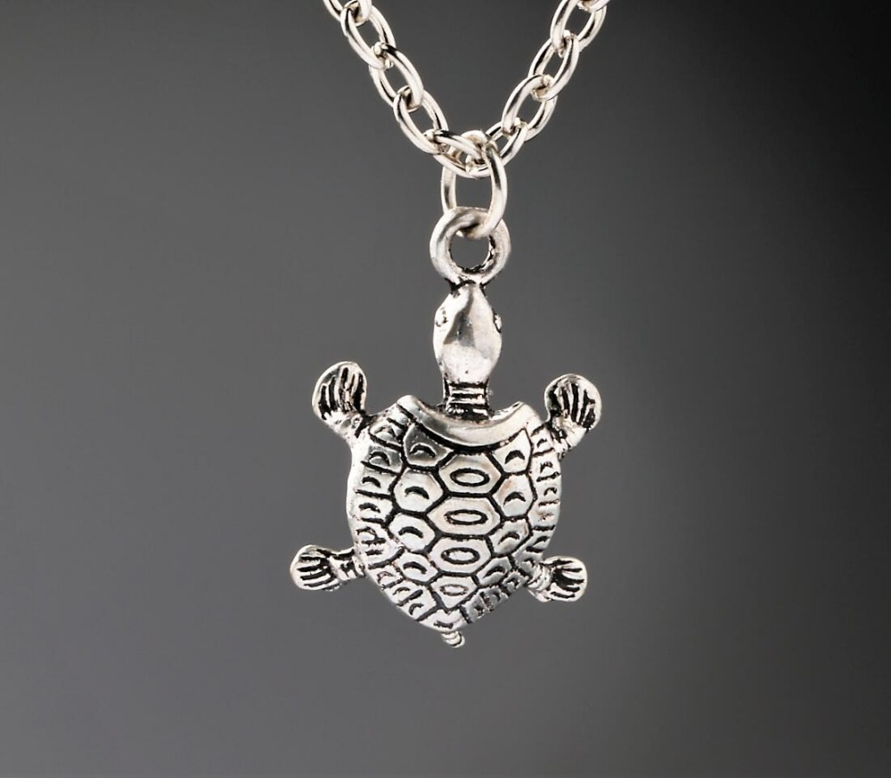 Tortoise Turtle Necklaces Vintage Alloy Jewelry Antique Silver Pendant Necklace Charms Christmas Gift New 1PCS(China (Mainland))