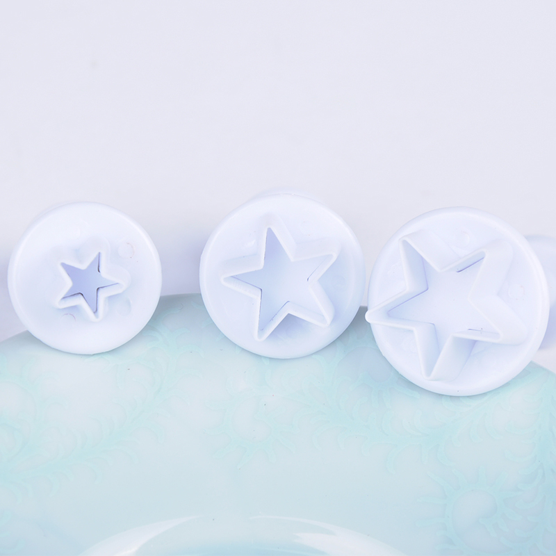 3Pcs/Set Mini Star Fondant Cake Decorating Plunger Biscuit Cookies Cutter DIY Mold Christmas Cake Decorating Tools Y50*JJ0243#M5(China (Mainland))