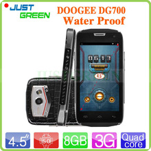4.5 inch DOOGEE DG700 IP67 Waterproof 3G Smartphone MTK6582 Quad Core 1.3GHz 1GB RAM 8GB ROM 5MP Dual SIM GPS WCDMA Android 4.4