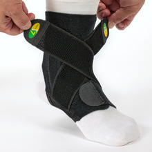 2016 New Arrival Sports Ankle Joint Support Brace Stability 3-tier Structure 2 Adjustable Bands  SS(China (Mainland))