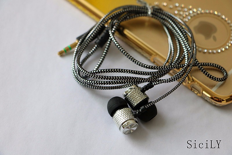 Newest 3.5mm in-ear Super bass clear voice earphone Headset for Mobile phone Computer MP3 Universal earphone amazing sound
