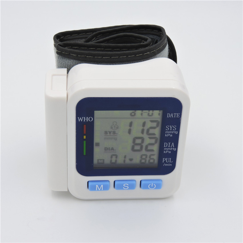 health care Automatic Digital Wrist Blood Pressure meter for pressure meter measurement health monitor blood pressure meter(China (Mainland))