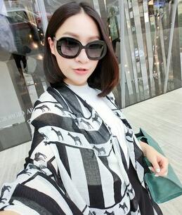 2016 нью-шарфы осень зима шарф для женщин платок негабаритных бали пряжи шарф черный и белый печать кисточкой