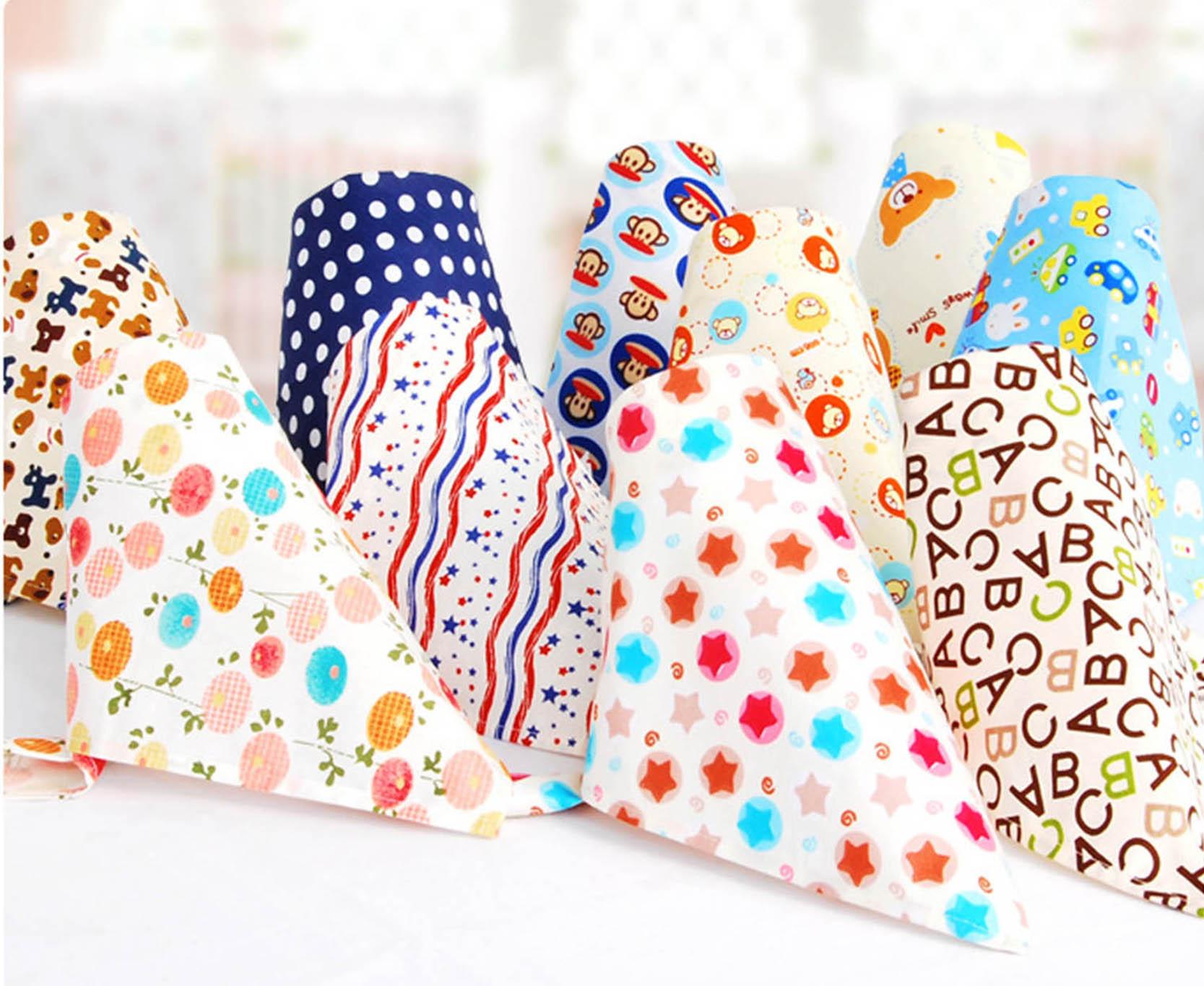 Cute Cotton Baby Towel Toddler Newborn Triangle Scarf Babero Girls Feeding Smock Infant Bibs Burp Cloths Baby Accessories