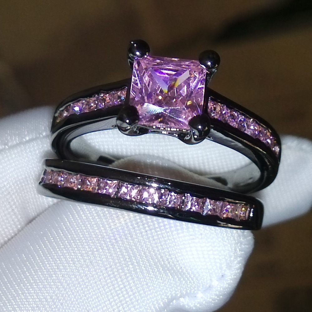 Victoria Wieck Princess Pink sapphire Simulated diamond 10KT Black Gold Fille