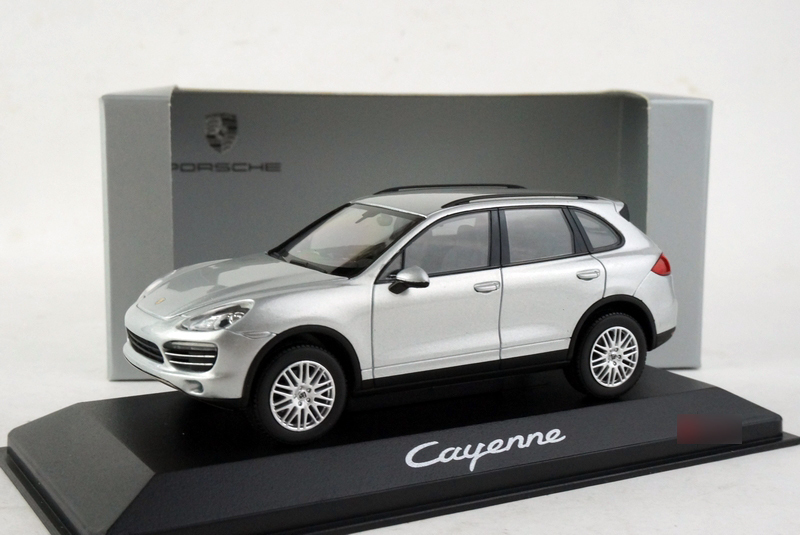 Minichamps Cayenne original alloy model car 2010 SUV collection(China (Mainland))