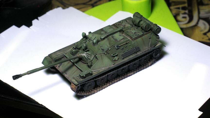 War Kits 1/72 Scale Soviet Airborne Tank Free Shipping 1 piece DIY Toys(China (Mainland))