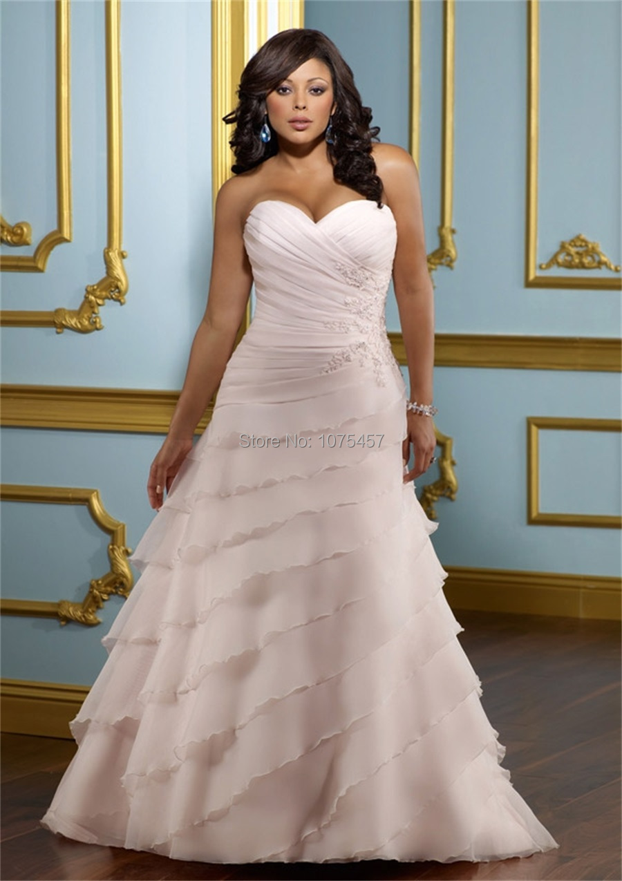 Blush pink plus size wedding gowns 2015 sweetheart for Woman in wedding dress