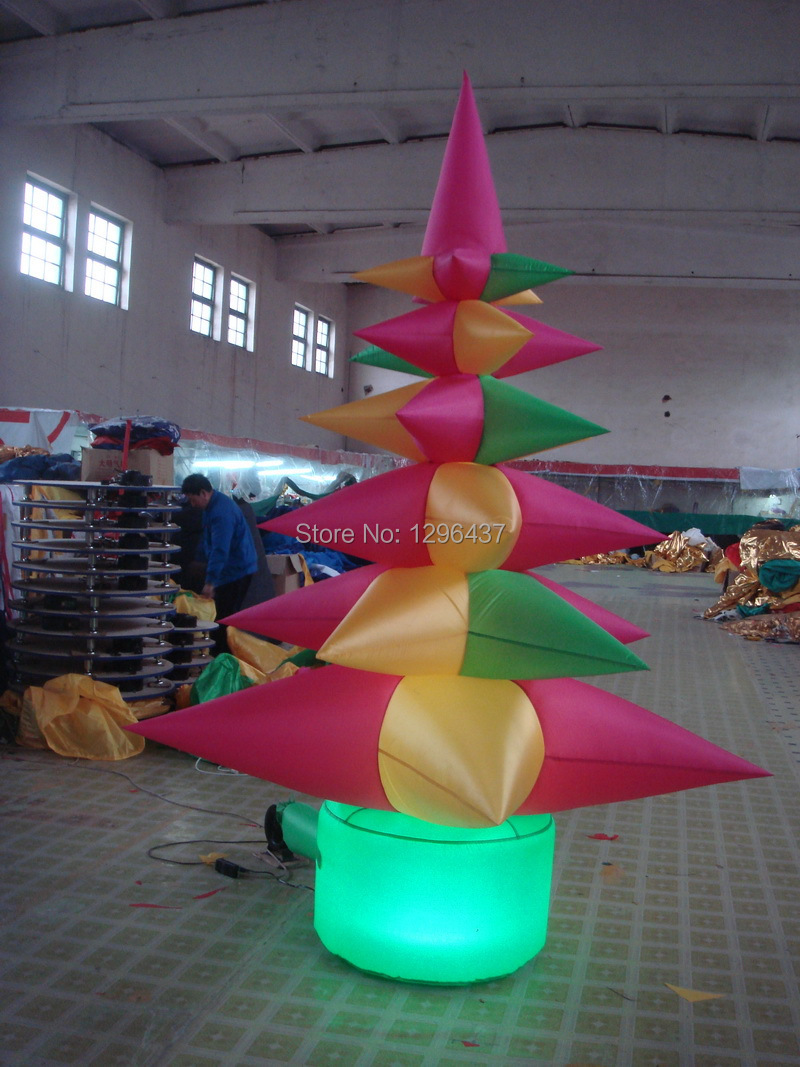 Giant inflatable Christmas tree with LED(China (Mainland))
