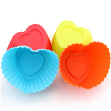 100pcs Wholesale Kitchen Supplies Soft Silicone Heart Shape Jelly Chocolate Mould 5CM Muffin Cupcake Mold Baking Accessories