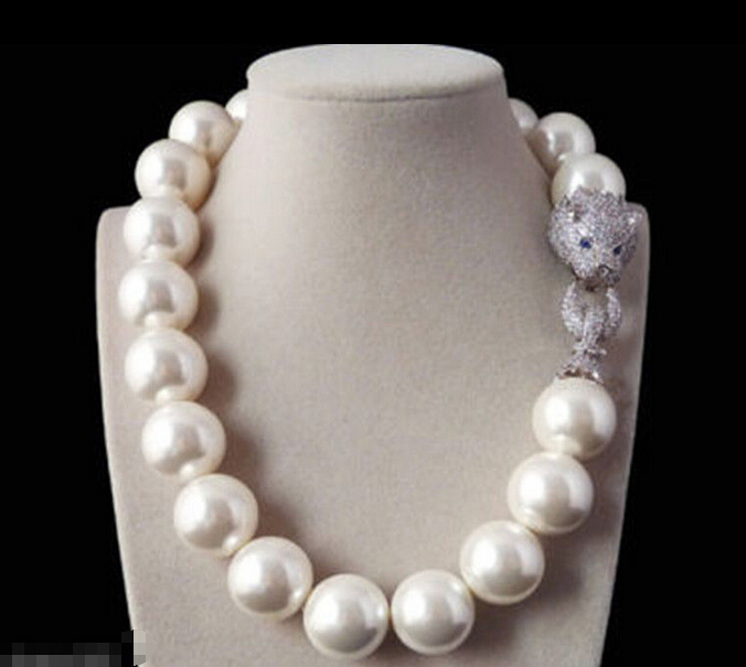 Free shipping &gt;&gt;&gt;&gt;&gt;&gt;Rare 18mm White Shell Pearl Necklace Belt White Leopard Head CZ Clasp<br><br>Aliexpress