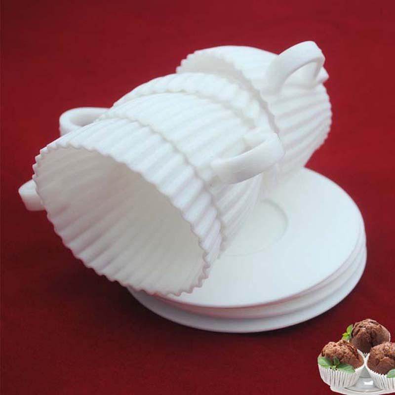 1 Set of 4pcs Silicone Cupcake Cups Muffin Baking Cake Tea Teacup Mold + 4pcs Saucers(China (Mainland))