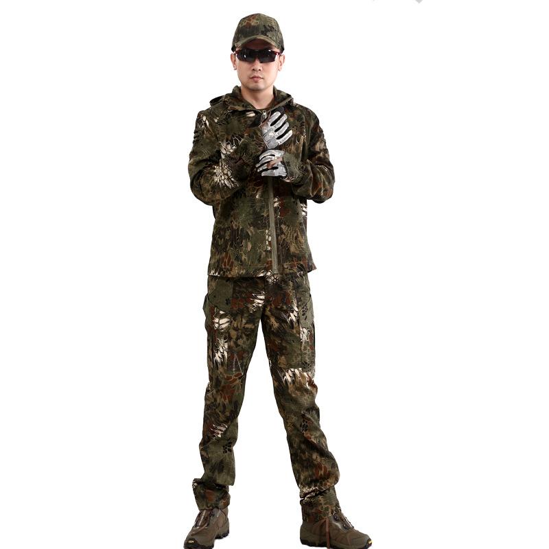 Фотография Commander Mens Soft  Shell Waterproof Pythons camouflage   bionic coat  outdoor hooded Jacket  and pants