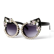 5 diseño gafas de sol mujer de lujo marca Rhinestone gato ojos gafas de sol  Vintage sombras para las mujeres Oculos Dropshipping 80c8c67f671c