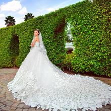 Hot Sale Luxury Soft Tulle Hand Made Flower Sweetheart Beads Crystal 1.5 m Royal Train Custom Size Wedding Dresses 2017(China (Mainland))