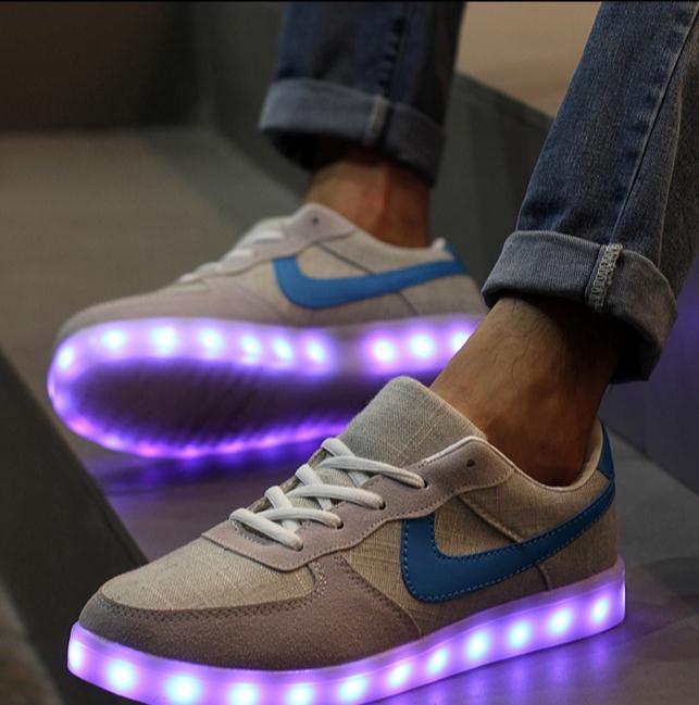chaussure nike qui change de couleur