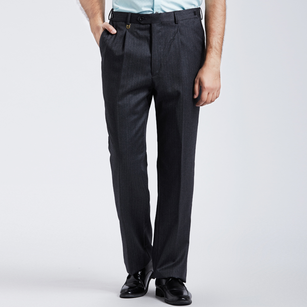 Are Pleated Suit Pants Out Of Style