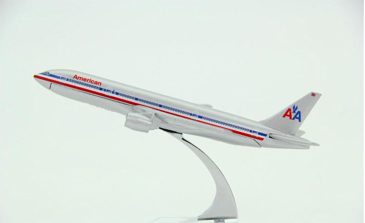 Passenger plane model Boeing 777 American Airlines aircraft B777 Metal simulation airplane model for kids toys Christmas gift(China (Mainland))