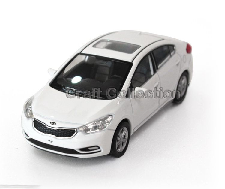 White 1/38 Kia K3 CERATO FORTIS Diecast Metal Mini Car Scale Model Toys Building Vehicle Classic Miniature Craft - Collection store