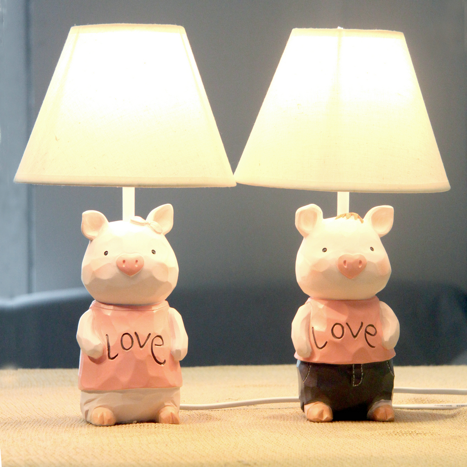 A pair of two desk lamp Love pig couples brightness adjustable bedroom table lamp wedding gift table lamp Study room table lamp(China (Mainland))