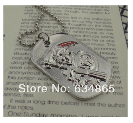 The son of film chaos necklace motorcycle knight act the role ofing is tasted50piececs(China (Mainland))