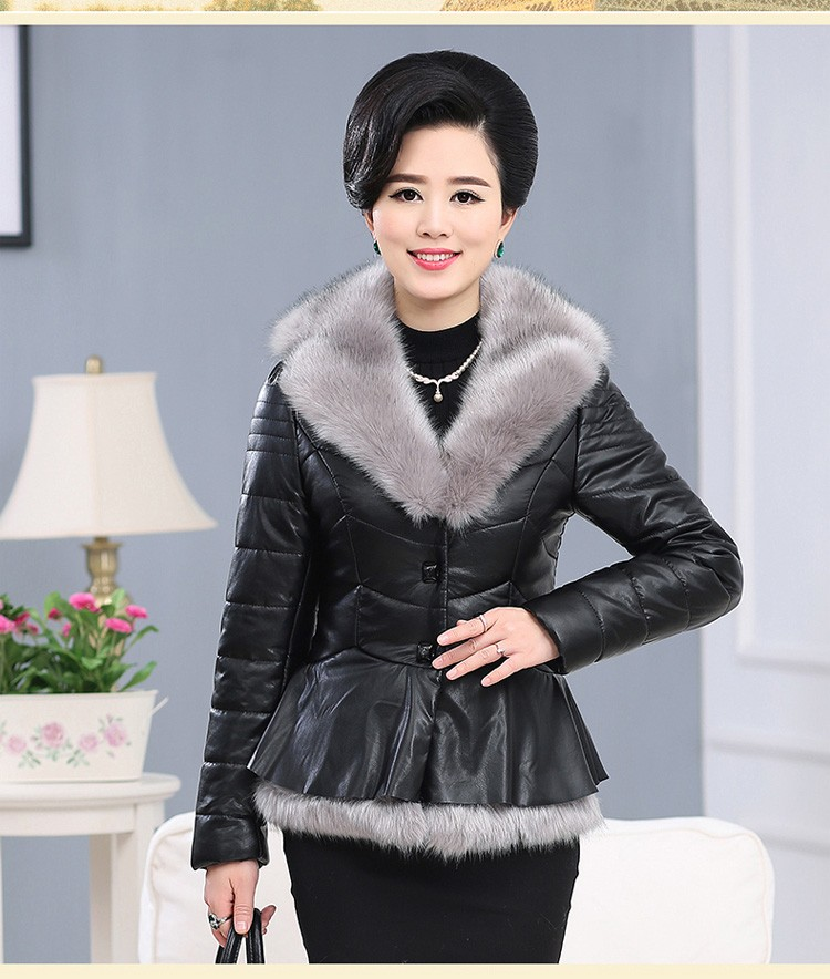 2016 Latest Winter Fashion Women Parkas High quality Artificial fur Short Coat Casual Slim Big yards Cotton-padded jacket NZ325