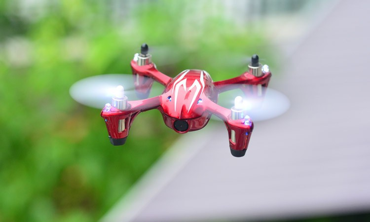 Flying Digital camera Helicopter Hubsan X6 H 107c Controle Remoto Helicopter  Mini Quadricoptero Drone with Evening Flashing Easy (13)