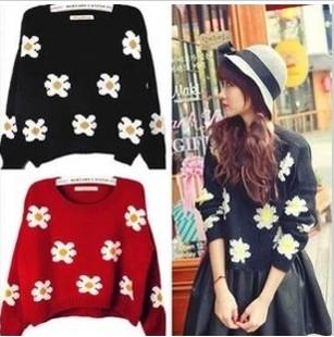 Kaki titty co flower daisy sunflower short design sweater 980(China (Mainland))
