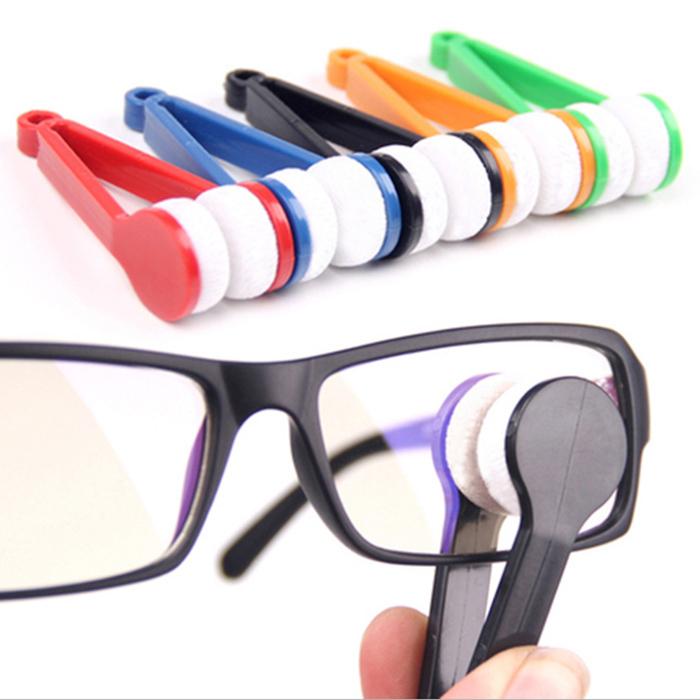 Delicate 2014 New 10Pcs Mini Portable Sun Glasses Eyeglass Microfiber Cleaning Brush Cleaner(China (Mainland))