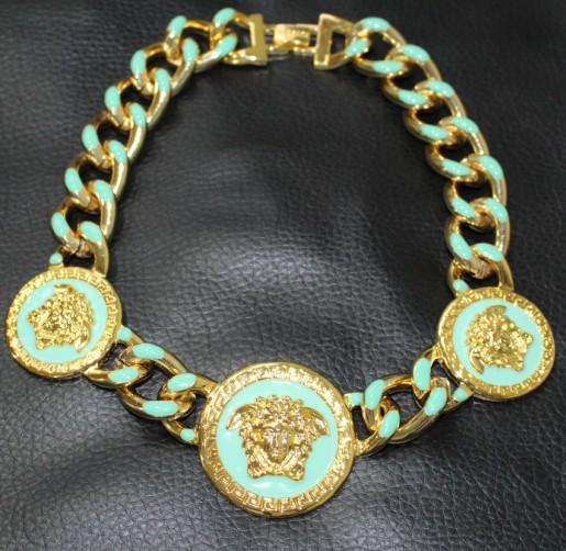 Здесь можно купить  new golden beautiful madame pendant necklace  Ювелирные изделия и часы