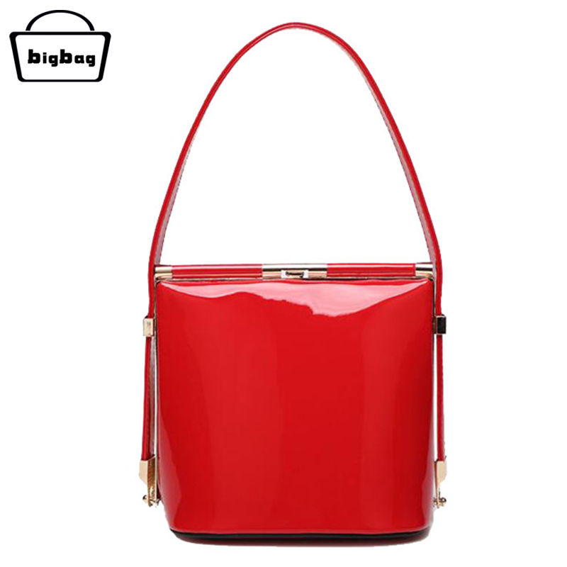 Summer Small Shoulder Bag Women 2016 Patent Leather Handbags Evening Clutches Women Party Ladies Red Tote Bag Hard Shell Bags(China (Mainland))