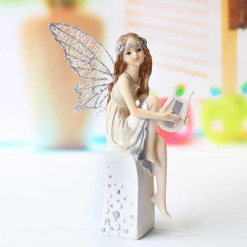 Resin Crafts Ornaments, Angels Desktop Ornaments, Sent His Girlfriend A Birthday Present Resin Figurines Resin Decoration(China (Mainland))